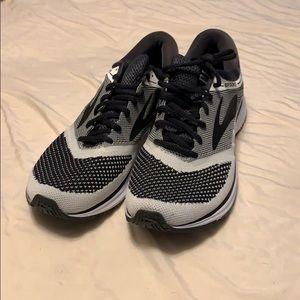 Brand New Brooks Revel Running Shoes Size 10.5